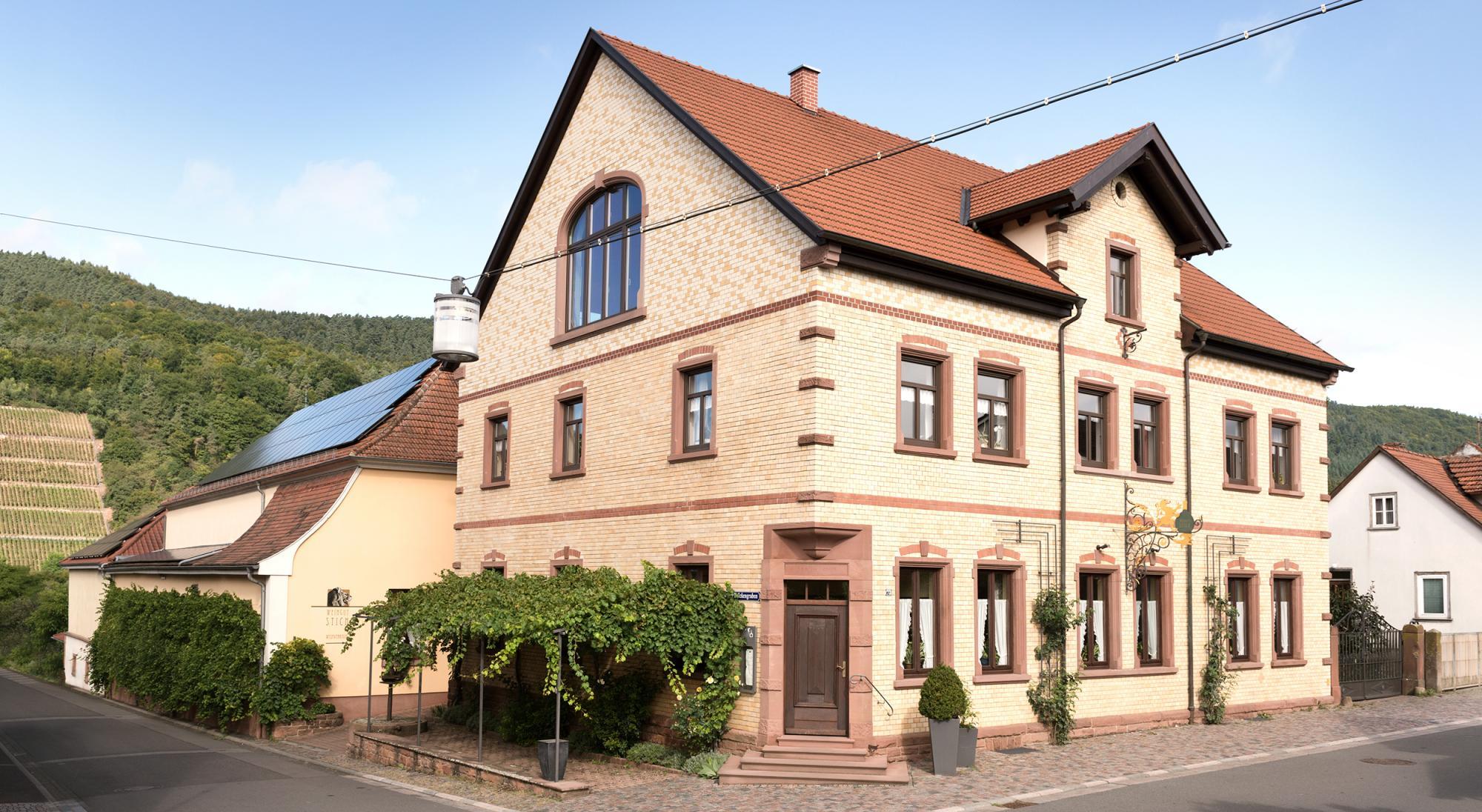 genuss-guide.eu zu Besuch im Weingut Stich im Löwen.